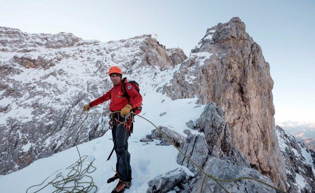 Eisenzeit: Geschichtsträchtige Kletterführung auf die Zugspitze