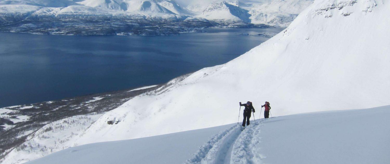 Entdecke die Skitoureninsel Senja