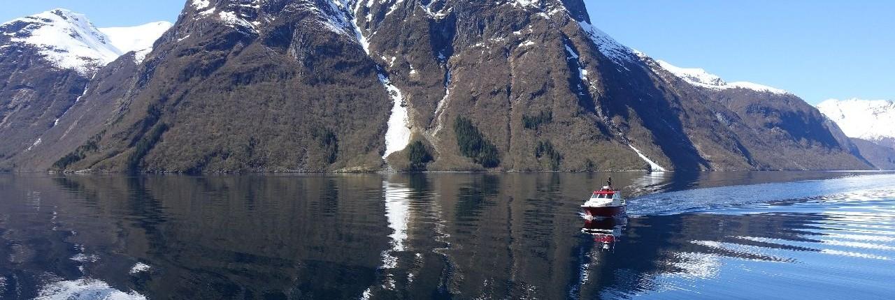 Das Wassertaxi in den Sunnmore Alpen