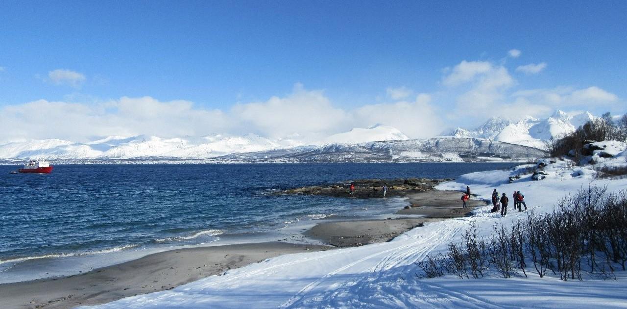 Landgang bei der Skitourenreise Lyngenalpen