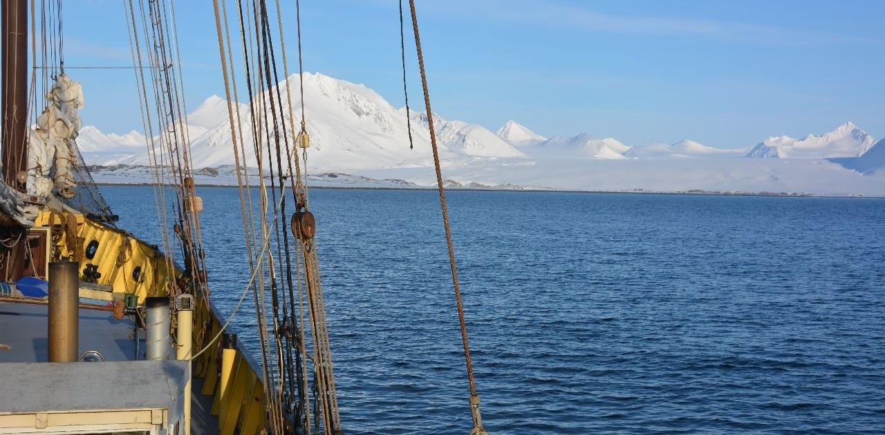 Mit dem Segelschiff Noorderlicht in Spitzbergen
