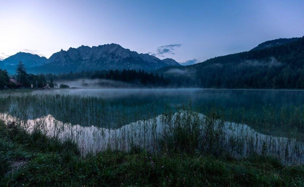 Auf dem Spitzenwanderweg erlebt man die stillen Morgenstunden