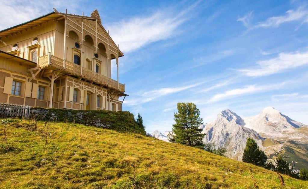 Ein kulturelles Highlight auf dem Spitzenwanderweg - das Schachenschloss von König Ludwig