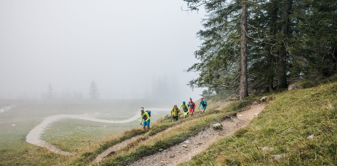 Auf schönen Singletrails geht es von Garmisch nach Meran
