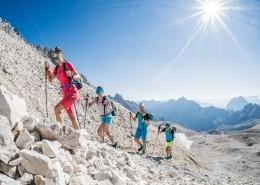 Einsamer Aufstieg während der Speedtransalp von Garmisch nach Meran