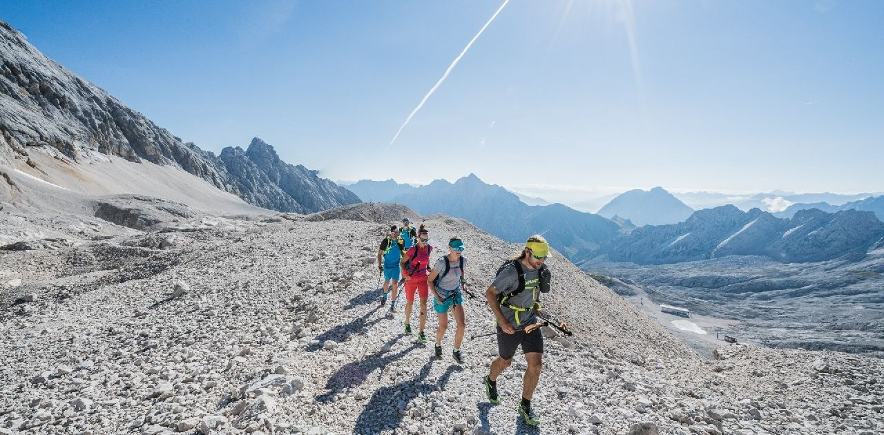 Die Bergkulisse auf der Transalproute Garmisch Meran ist einmalig schön