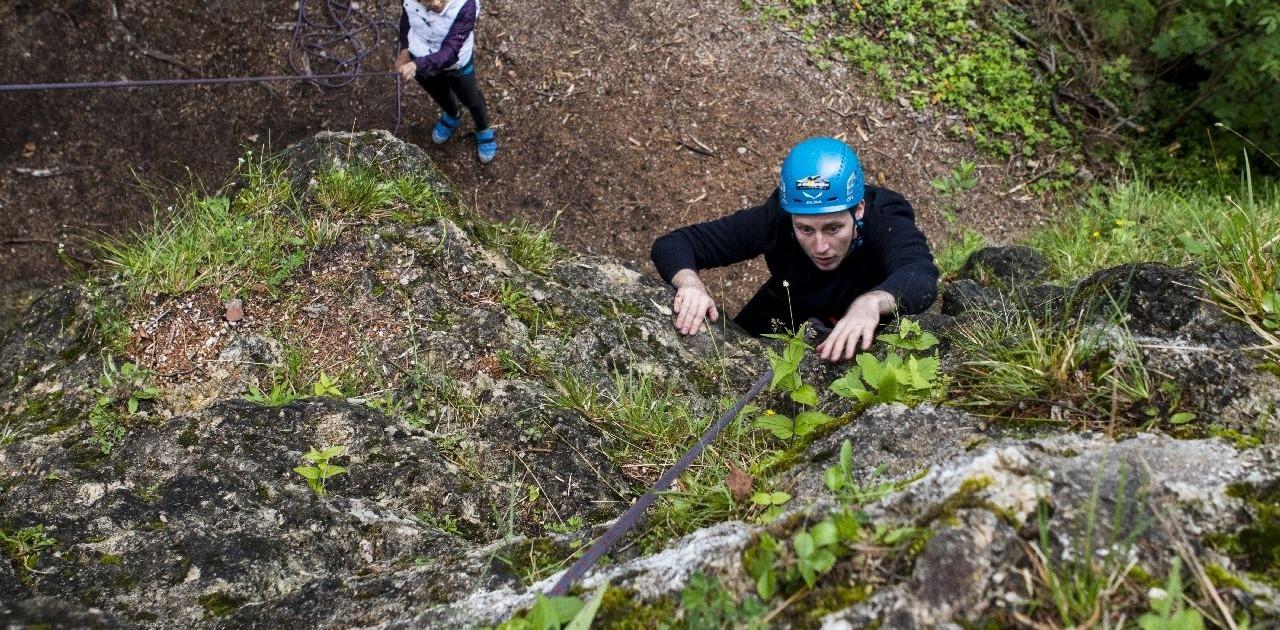 Klettertechnik im Kletterkurs lernen