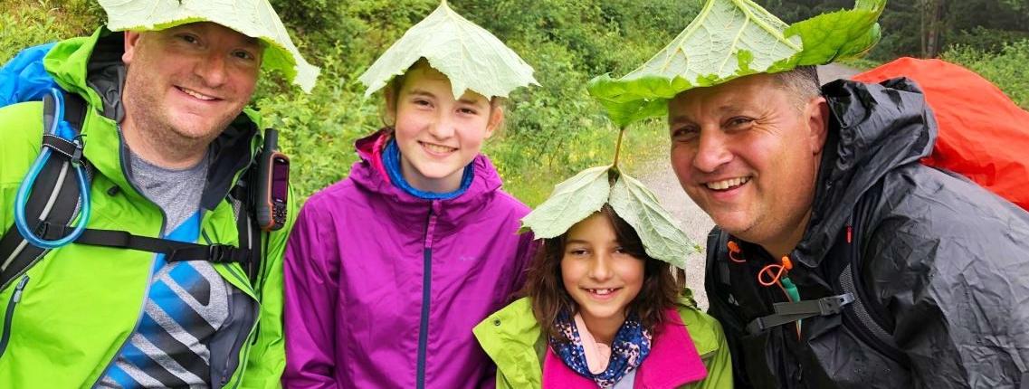 Natürlicher Regenschutz auf der Alpenüberquerung Tegernsee Sterzing